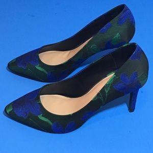 Kelly & Katie Black/Blue Floral Pumps New Sz 9.5